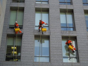 window-715954_1280